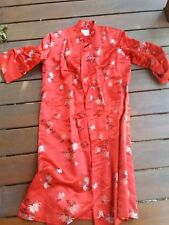 VINTAGE DRESSING GOWN ROBE COAT Peony Brand Chinese Satin Brocade sz M-L