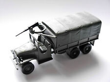 GMC canvas truck MG 2 Lkw US Army USA WWII in camouflage olive, Solido in 1:50!