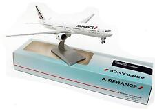 Modell Air France Boeing 777-300ER 1/200 IN Plastik B777