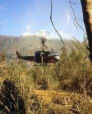 "UH-1D Medevac Huey Helicopter picking up wounded 8""x 10"" Vietnam War Photo 226"