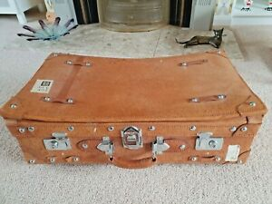 Lovely Vintage 'Golden Leaf ' Quality Suitcase in Leather Pigskin