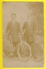 cpa FRANCE CARTE POSTALE PHOTO RPPC 1900 CYCLISTES en COSTUME Vélo Bike
