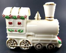 LENOX CHRISTMAS PORCELAIN TRAIN  FIGURINE (E14)