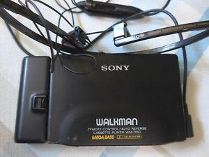 SONY WALKMAN WM 701C METAL BLACK FONCTIONNE MAIS LIRE DESCRIPTION
