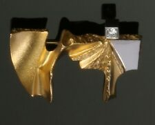 18ct Gold and Platinum Brooch Pin set with 1 Diamond, made by Lapponia Finland