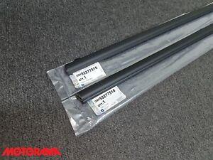 Genuine Holden VE VF Commodore Sdn Wgn Ute Black Window Belt Mould Set 2 Front