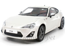 CENTURY DRAGON 1002A 2013 13 TOYOTA GT 86 LEFT HAND DRIVE 1/18 DIECAST WHITE
