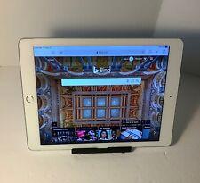 Apple iPad 5th Gen. 32GB, Wi-Fi, 9.7in - Silver