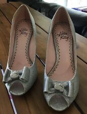 Womens Hello Kitty Silver Glitter High Heels Size 6.5 Only Worn Twice!