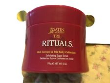 Satin Smooth Tru Rituals Red Currant & Iris Exfoliating Sugar Scrub