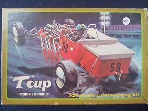 "Vintage Lindberg Line Kit ""T"" Cup modified pickup 1/24"