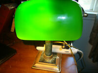 VINTAGE GREEN GLASS SHADE BANKERS DESK LAMP/MARBLE AND BRASS BASE