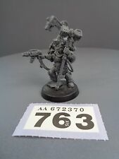 Warhammer 40,000 Space Marines Wolves Wolf Iron Priest 763/370