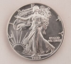1989 Silver Eagle $1 Coin One Troy Ounce Uncirculated Brilliant