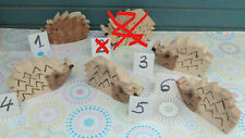 dekorative selbstgemachte Holzigel in verschiedener Ausführung - Holzigel Igel