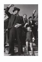 Robert Capa postcard - Paris, 1936 - size 15x10 cm. aprox.