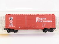 N Scale Micro-Trains MTL 23210 GN Great Northern 40' Double Door Box Car #3484