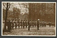 Ca 1915 RPPC* GREAT BRITIAN TOWER OF BEEFEATERS SHOWING YEOMEN WARDERS SEE INFO