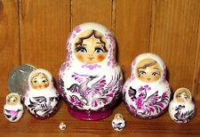 Miniatura ruso Anidamiento Muñeca 7 Blanco Violeta Pequeño Genuino Matryoshka Marchenko