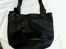 LARGE VINTAGE BLACK COACH HANDBAG BEAUTIFUL