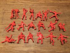 Recast Nabisco Baseball Team. 18 Red Plastic Figures. Cameraman Lido Style