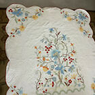 """VINTAGE 75x91"""" HAND APPLIQUÉD HAND QUILTED FLOWERED QUILT SCALLOPED EDGE B2"""