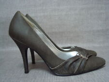 PLAYBOY UK 6 OLIVE GREEN POINTED TOE COURT SHOES