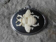 BEE CAMEO SILVER TONE BROOCH / PIN -BUMBLE BEE, HONEY, WASP, CREAM, BLACK