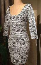 NWT Forever 21 Black White Aztec Tribal Pattern 3/4 Slv Bodycon Mini Dress Sz S