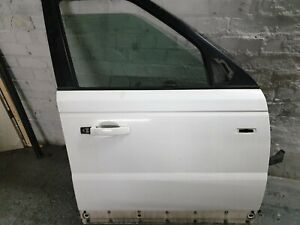 RANGE ROVER SPORT L320 O/S/F DRIVERS FRONT DOOR IN WHITE