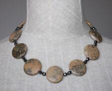 collar corto artesanal con minerales naturales jaspe paisina