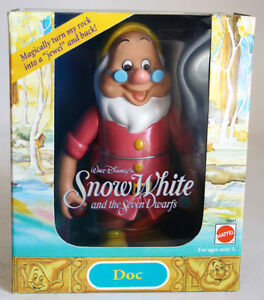 VINTAGE 1992 SNOW WHITE & 7 DWARFS DOC FIGURE DISNEY MATTEL NEW MIB !