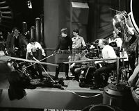 """PUBLICITY PHOTO FROM THE SET OF THE FILM """"RETURN OF THE JEDI"""" 8X10 PHOTO (AZ163)"""