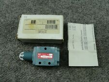 New listing New Unused Schrader Bellows 52421-1000 Roller Spool Valve 3A314