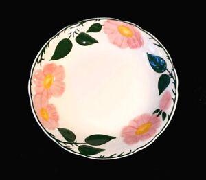 Beautiful Villeroy Boch Wild Rose Rimmed Soup Bowl