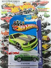 Hot Wheels 2013 #229 '07 Ford Mustang SUPER THUNT$,SPECTRAFLAME GREEN,RR5SP,US