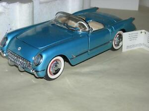1955 CORVETTE CONVERTIBLE BLUE FRANKLIN MINT WITH PAPERS   MIB.1:24 SCALE
