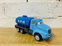 Mr Drippy Water Tanker Truck Chomp and Chase Pixar Cars 3 Thunder Hollow Raceway