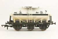 Hornby Graffiti 6 Wheel Milk Tank AWD 3035 R6499