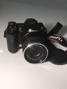 Fujifilm FinePix S5600 S Series 5.1MP 10x Optical Zoom Digital Bridge Camera