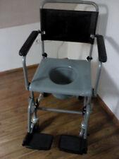 Toilettenstuhl fahrbar. Fahrbarer Toilettenstuhl. WC Stuhl auf Rollen Nachtstuhl