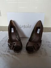 Ladies Untold peeptoe shoes size 5... only worn once!!