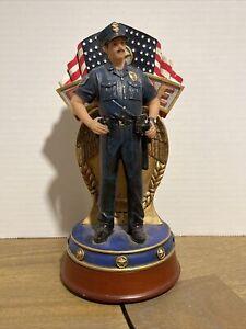 Blue Hats of Bravery Police Figurine USA On Duty - VPE2095603 Piece 111/400