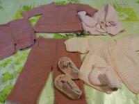 7piéces les tricotés roses et parmes ,bébé,poupon ,poupées