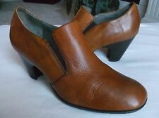 BORN Crown Women's Shoes Tan Leather Slip On Booties Heels 11 / 43