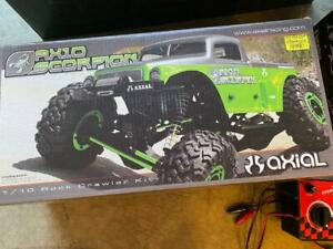 Axial AX10 Scorpion RTR Rock Crawler 1/10th Scale Electric