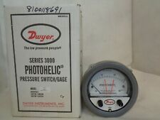 NEW DWYER A3215 PHOTOHELIC 0-15 PRESSURE SWITCH W34T 0-15PSI 35PSI G MAX