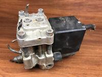 A31 AUDI 80 ABS Pump Hydraulic Bosch 0265201049 4A0614111A Bosch OEM