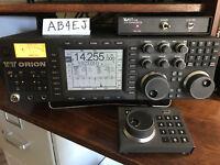 Ten-Tec Orion 565 amateur radio HF transceiver