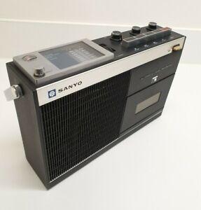 Vintage Sanyo MR 411G Radio Am-Fm Cassette 1970's Made in Japan